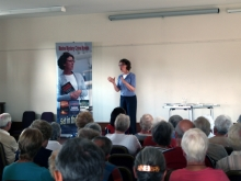 Pauline Rowson talking about her crime novels at Andover U3A