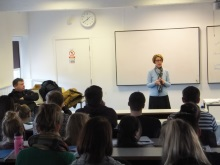 Pauline Rowson guest lecturer at University or Portsmouth, criminology students